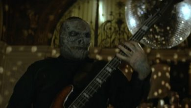 "Slipknot The Devil In I Video 390x220 - SLIPKNOT revela las nuevas mascaras en su vídeo ""The Devil In I"""