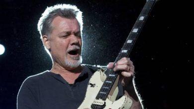 eddie van halen 1 390x220 - Eddie Van Halen fallece a los 65 años a causa de cáncer de garganta.